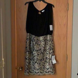 Stunning black and gold sleeveless dress